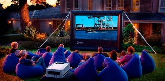 Movie Night (Image Source: Tro Canada)
