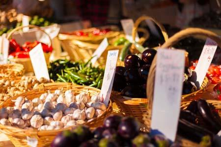 Noosa Farmer's Market , www.crowdink.com