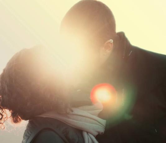 Long Distance Relationship, crowdink.com, crowdink.com.au, valentine's day, relationships,