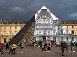 Louvre (Image Source: wsj), crowdink.com, crowdink.com.au, crowd ink, crowdink