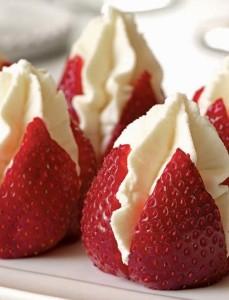 Strawberries with Cream [image source: williams-sonoma.com], crowd ink, crowdink, crowdink.com, crowdink.com.au