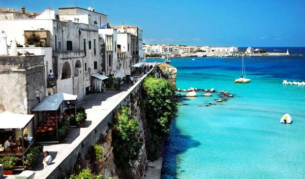 Puglia, Italy [image source: Harret.net], crowd ink, crowdink, crowdink.com, crowdink.com.au