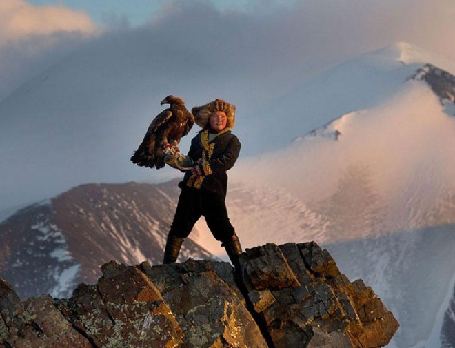 Asher Svidensky, Mongolian Eagle Hunter [image source: alloutdoor.com], crowd ink, crowdink, crowdink.com, crowdink.com.au