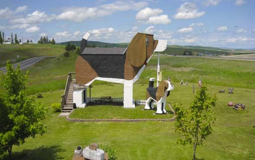 Dog Bark Park Inn [image source: roughguides.com], crowd ink, crowdink, crowdink.com, crowdink.com.au