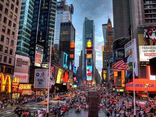New York at Night [image source: madelinelaliberte.wordpress.com], crowd ink, crowdink, crowdink.com, crowdink.com.au
