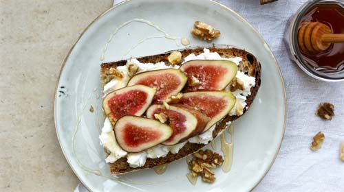 Fresh Figs and Cashew Ricotta Toast [image source: thecashewtree.wordpress.com], crowd ink, crowdink, crowdink.com, crowdink.com.au