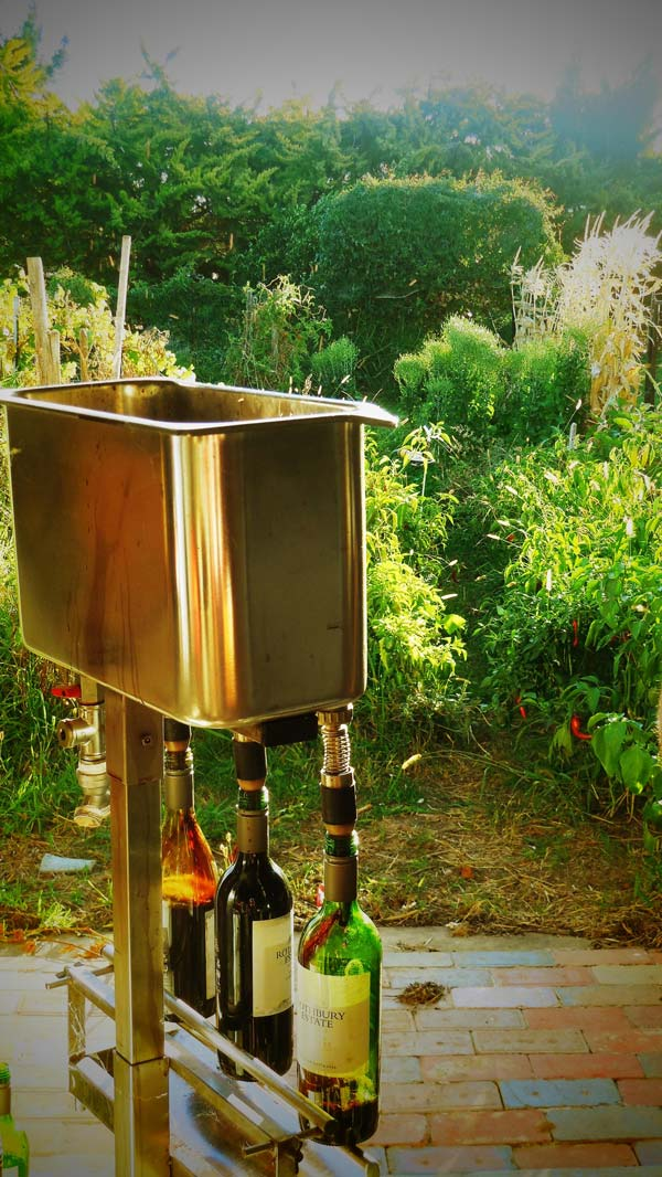 Learn the Tricks of Homemade Organic Wine, wine, making, crowdink.com, crowdink.com.au, crowd ink, crowdink