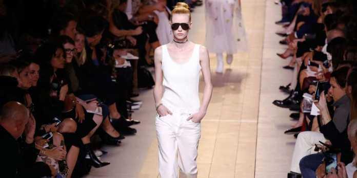 Dior (Vogue.com), crowdink.com, crowdink.com.au, crowd ink, crowdink