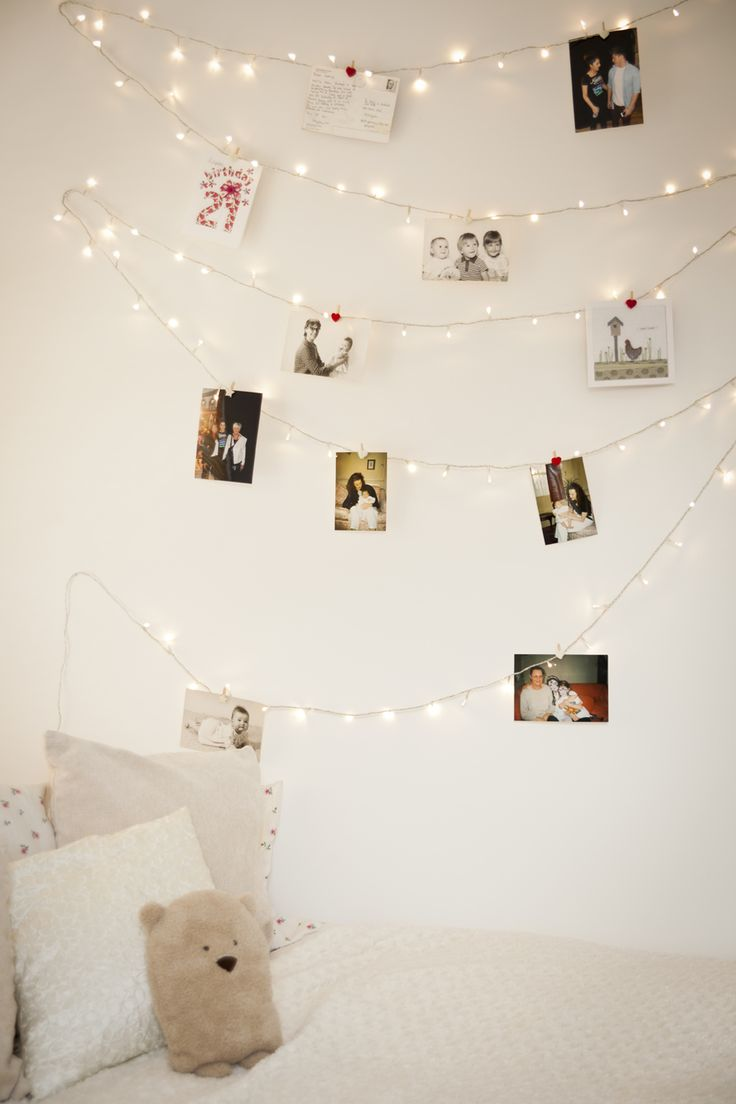crowdink.com, crowdink.com.au, crowd ink, crowdink, home, diy, property, design, Fairy lights on wall with pictures (Image Source: homedit.com)