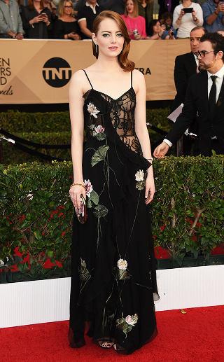 Emma Stone in Alexander Mcqueen crowdink.com, crowdink.com.au, crowd ink, crowdink