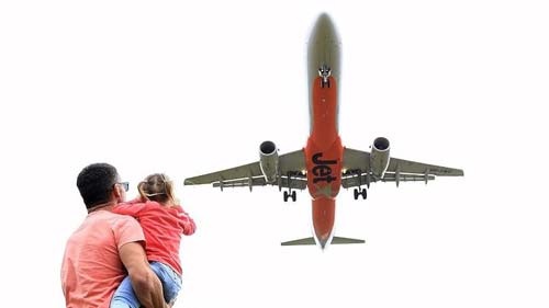 Jetstar (Image Source: 9news), crowdink.com, crowdink.com.au, crowd ink, crowdink