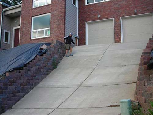 crowdink.com, crowdink.com.au, crowd ink, crowdink, funny, humour, wtf, Steep Driveway (Image Source: sarcasmsociety)