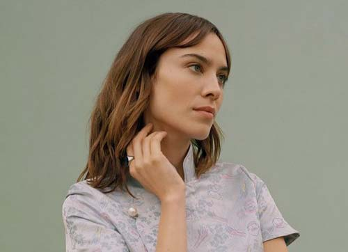 crowdink.com, crowdink.com.au, crowd ink, crowdink, Alexa Chung (Image Source: Vogue)