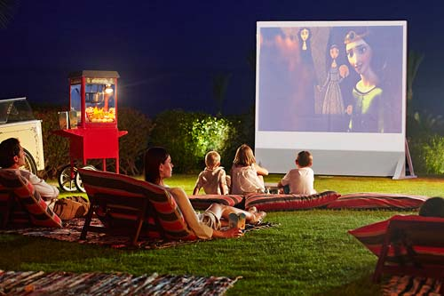 crowdink.com, crowdink.com.au, crowd ink, crowdink, Movie Night (Image source: Four Seasons Resort)