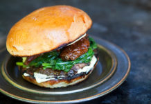 Mushroom Burger (Simple Recipes), crowdink.com, crowdink.com.au, crowd ink, crowdink