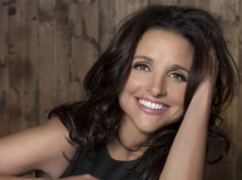 crowdink.com, crowdink.com.au, crowd ink, crowdink, Julia Louise-Dreyfus