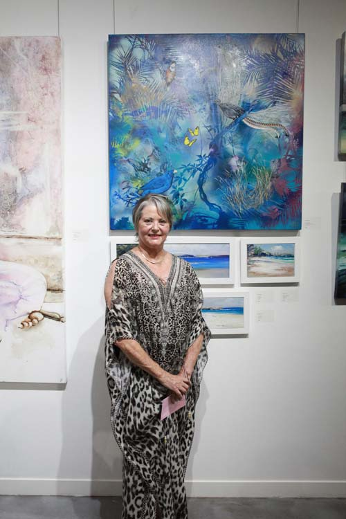 Art Lovers Prize WINNER - Susan Skuse and her beautifully layered 'Rainforest Dream'