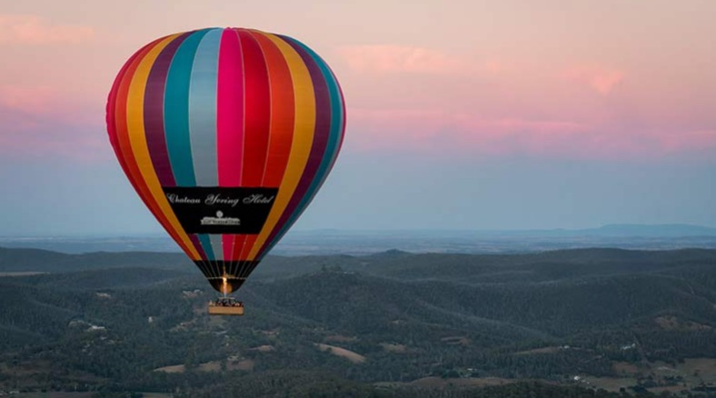 Hot Air Balloon Rides, Chateau Yering Hotel