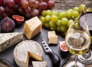 Aging Well Together: The Perfect Wine and Cheese Combinations