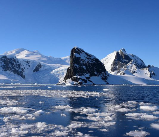 Antartica (Image Source- France24)