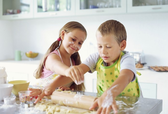 Children cooking their own meals, crowdink.com, crowdink.com.au, crowdink