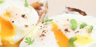 How to poach an egg?, eggs, poach, scrambled, chef, cooking, vegan, organic , paleo, healthy, breakfast