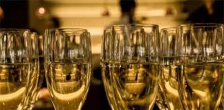 10 Wines for Less than 10, crowdink.com, crowdink.com.au, crowdink, crowd ink, wine, glass,
