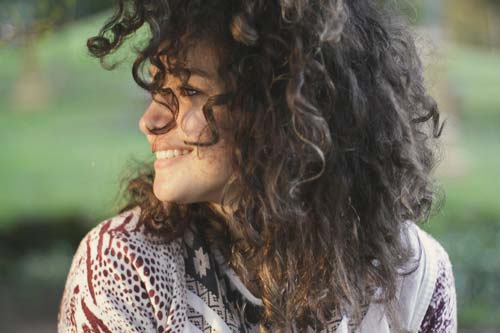 3 Must-Know Tips for Natural Hair Care (Image Source: Ariana Prestes), crowdink.com, crowdink.com.au, crowd ink, crowdink