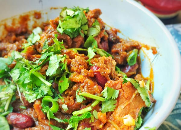 Chili Con Carne (Image Source: Becky G), crowdink.com, crowdink.com.au, crowd ink, crowdink