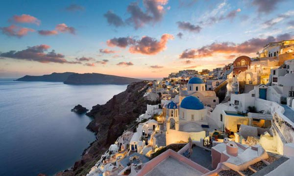 Santorini Sunset (Image Source: expresstime.gr), crowdink.com, crowdink.com.au, crowd ink, crowdink, travel, adventure, greece