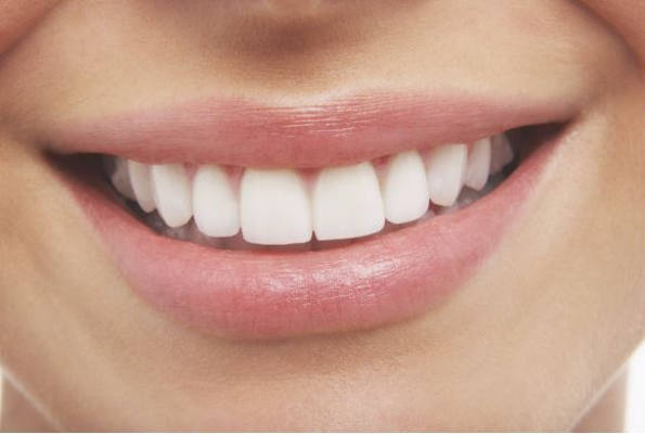 5 Ways To Get Whiter Teeth Naturally crowdink.com, crowdink.com.au, crowd ink, crowdink