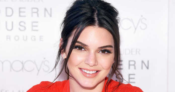 Kendall Jenner crowdink.com, crowdink.com.au, crowd ink, crowdink