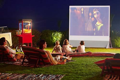 crowdink.com, crowdink.com.au, crowd ink, crowdink, Movie Night (Image source: Four Seasons Resort)