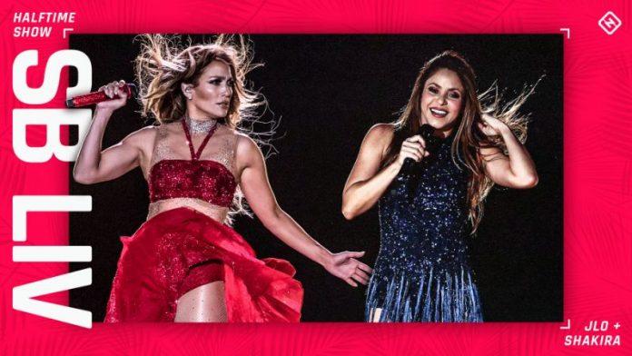 JLO & Shakira at SB (Image Source- Yahoo News)