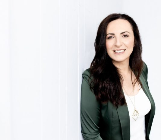 'The Hybrid Coach' Karolina Carrera is Helping People Everywhere Unlock the Door to Their Full Potential